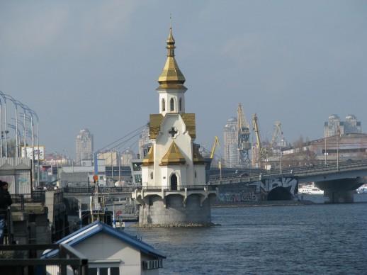 Храм Николы на водах в Киеве