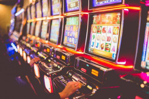 Как играть в демо-версии игровых автоматов в Azino?
